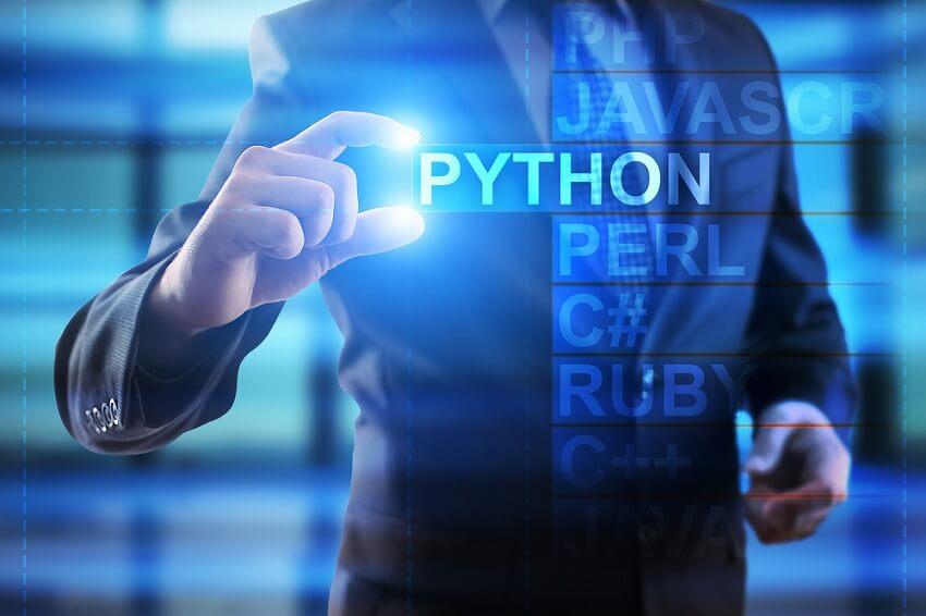 機械学習やるならpython一択! 有名な機械学習ライブラリも3つ紹介!