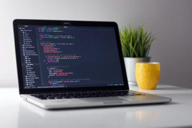 【Linux】ディレクトリを削除する方法2選|rmdirコマンドとrmコマンドの違いは?